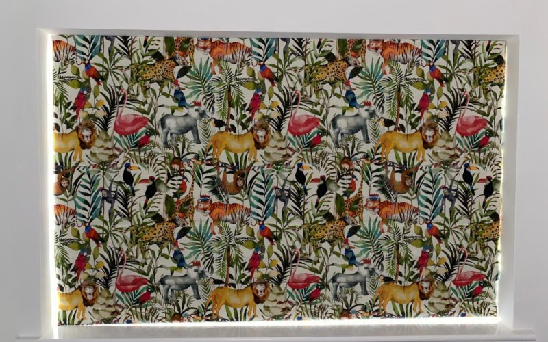 Animal jungle roman blind